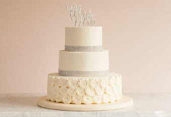 Wedding cakes capitola santa cruz gayles bakery wedding cake flavors junglespirit Images